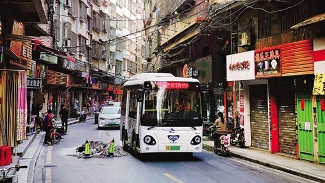 便民车受乘客欢迎 对城中村村民也有利